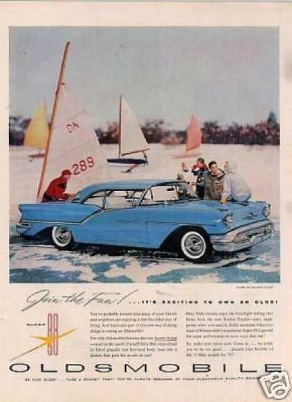 Oldsmobile Super 88 Holiday Coupe (1957)
