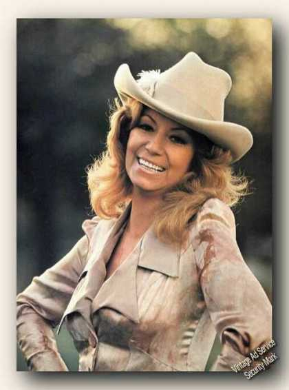 Dottie West Magazine Photo Beautiful Color Feature (1978)