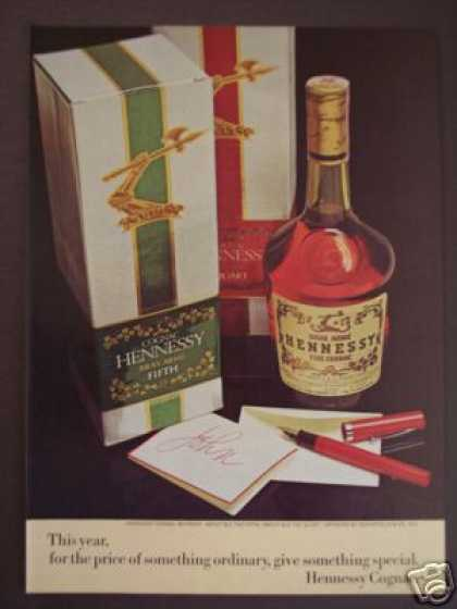 Hennessy Fine Cognac In Gift Box (1974)