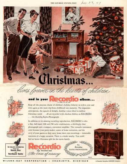 Wilcox-Gay Corporation's Recordio – Christmas...lives forever in the hearts of children and in your Recordio album... (1947)
