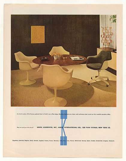 Knoll Swivel Pedestal Chair Saarinen Arm Chairs (1963)