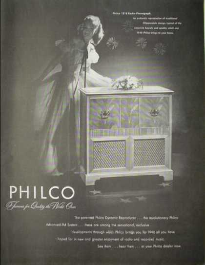 Philco 1213 Radio Phonograph Chippendale design (1946)
