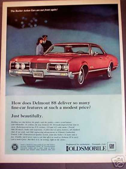 Oldsmobile Olds Delmont 88 Classic Car Photo (1967)