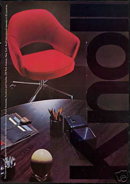 Eero Saarinen Design Chair Photo Knoll (1969)