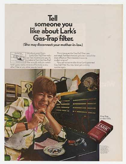 Lark Cig Gas-Trap Filter Telephone Operator (1969)