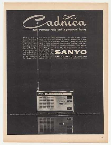 Sanyo Cadnica Model 8S-P25 Portable Radio Photo (1963)