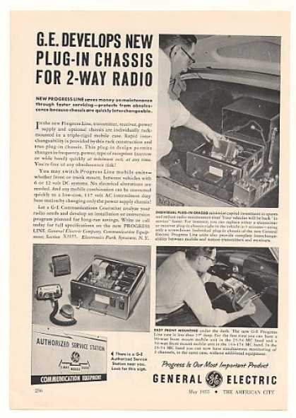 GE General Electric Plug-In Chassis 2-Way Radio (1955)