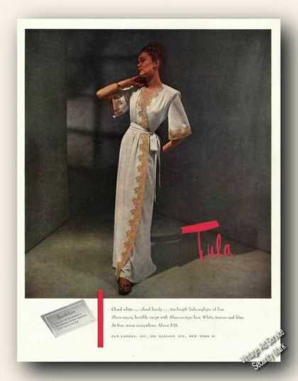 Tula Negligee Photo Antique Fashion (1947)
