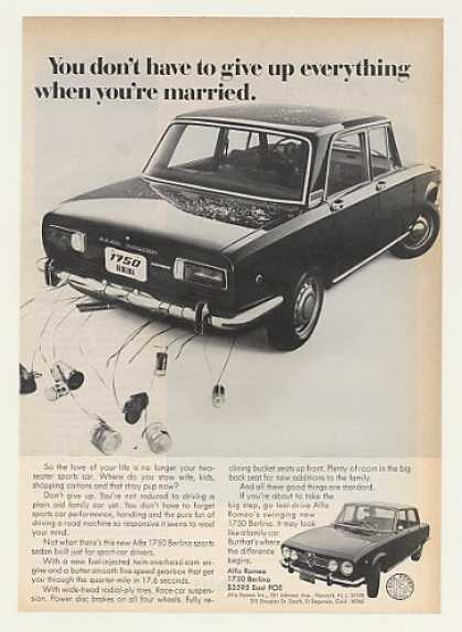Alfa Romeo 1750 Berlina Sports Sedan Married (1969)