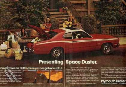 Presenting Plymouth Space Duster Large (1973)