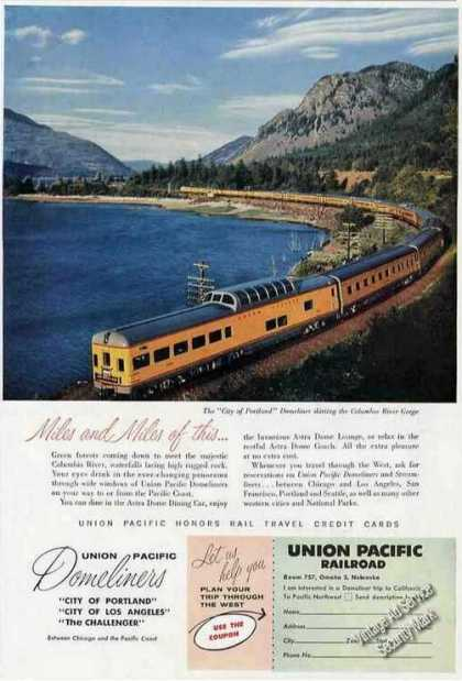 Domeliner Columbia River Gorge Union Pacific (1957)