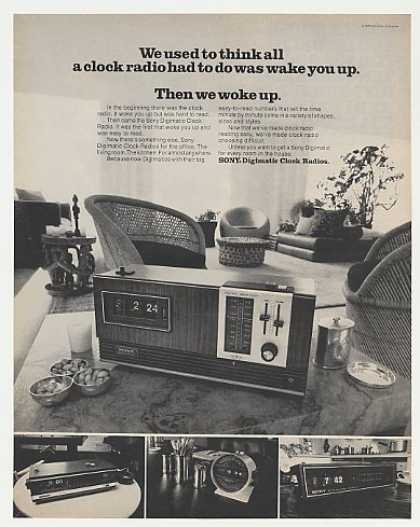 Sony Digimatic Clock Radio 4 Models Photo (1971)