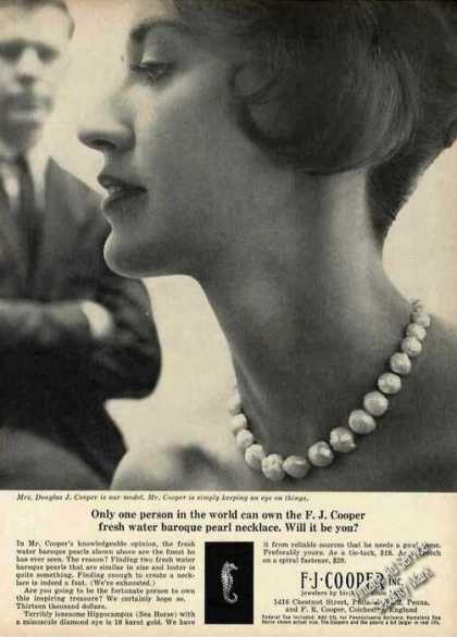 Fresh Water Baroque Pearl Necklace Mrs. Cooper (1963)