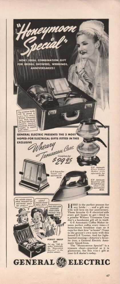 General Electric Appliances Iron (1941)