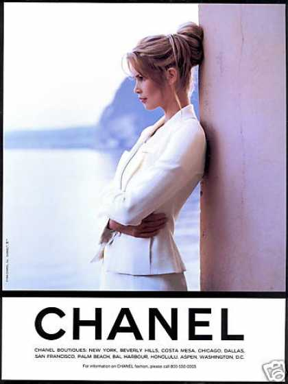 Claudia Schiffer Photo Chanel Fashion (1995)