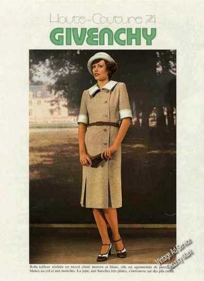 Givenchy Robe Tailleur French Language Fashion (1974)
