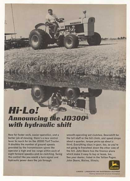 John Deere JD300 Turf Tractor Photo (1969)