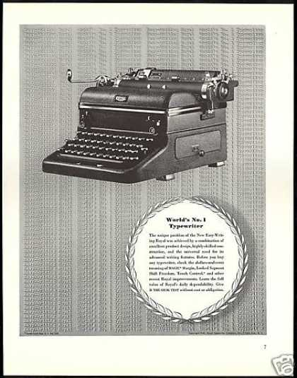 Royal Easy Writer Typewriter Photo Vintage (1940)