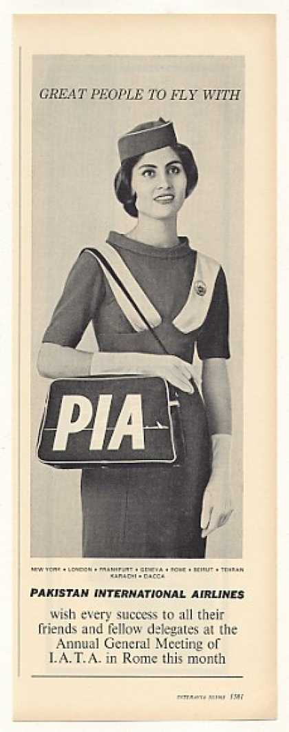 PIA Pakistan Int&#8217;l Airlines Stewardess Photo (1963)