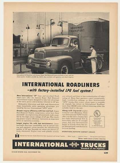 Highway Transport IH International LP Roadliner (1952)