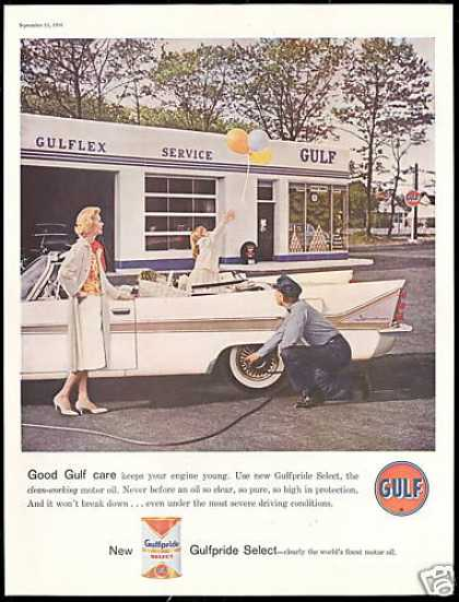 Gulf Gas Station Attendant Convertible Car (1958)