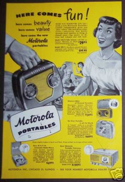 Motorola Portable Radio Ac/dc or Battery (1949)