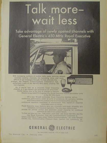 General Electric GE 450 MHz Royal Executive Radio (1969)