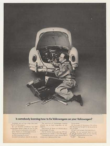 VW Volkswagen Beetle Bug Somebody Learn to Fix (1969)