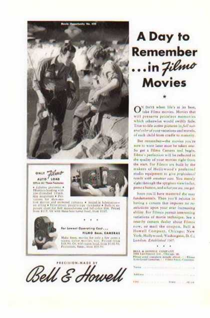 Bell & Howell Filmo – Auto LoAd Movie Camera (1941)