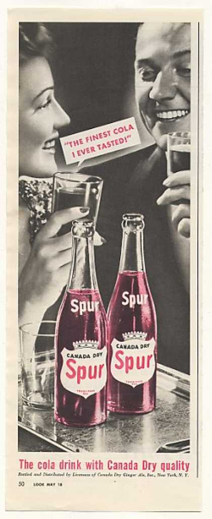 Canada Dry Spur Cola Bottles Couple Drink (1943)