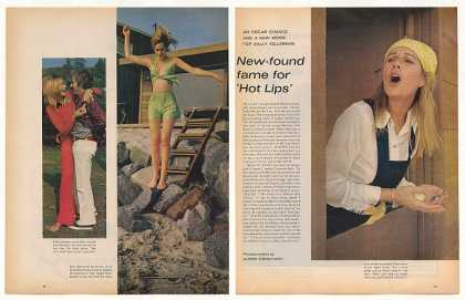 Sally Kellerman MASH Hot Lips 4-Page Photo Article (1971)
