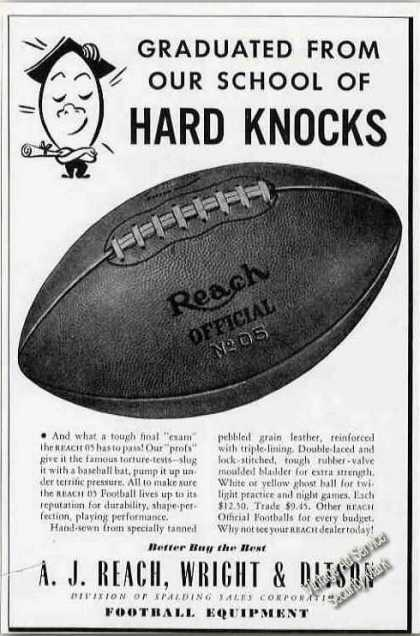 Reach No.05 Football Photo (1942)