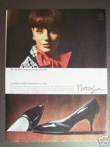 Womans Patent Shoes Naturalizer Gigi (1965)