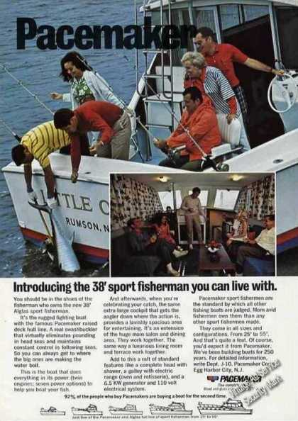 Pacemaker 38 Sport Fisherman Photo Boat (1970)
