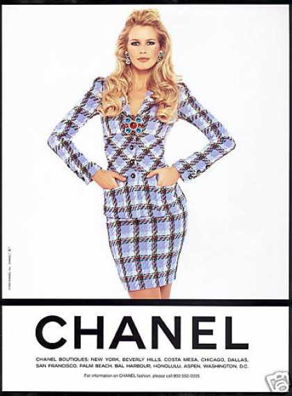 Chanel Fashion Claudia Schiffer Photo (1995)