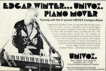 Edgar Winter Photo Univox Compac-piano (1974)