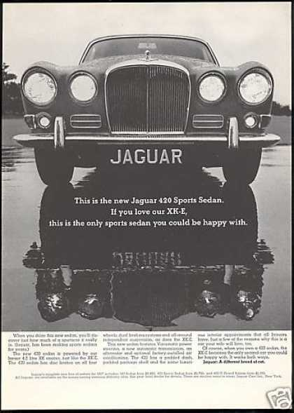 Jaguar 420 Sports Sedan Car Photo (1967)