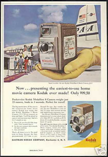 Kodak Medallion Camera PAA Airlines Plane (1957)