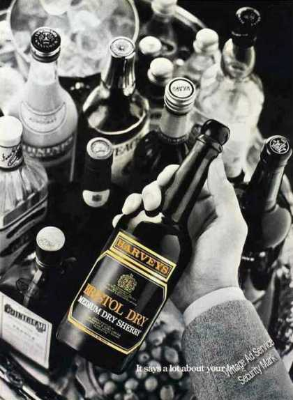 Harveys Bristol Dry Sherry Uk Wine (1977)