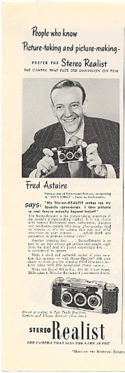 Fred Astaire Stereo Realist Camera Photo (1950)