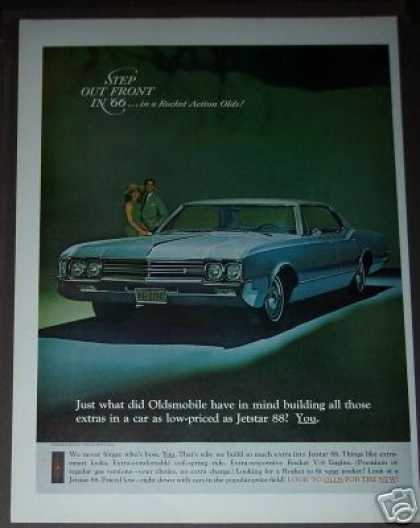 Oldsmobile Jetstar 88 Car Photo (1966)