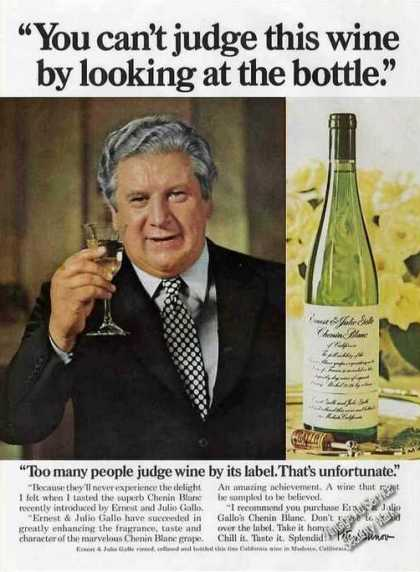 Peter Ustinov Photo Ernest & Julio Gallo Wine (1975)