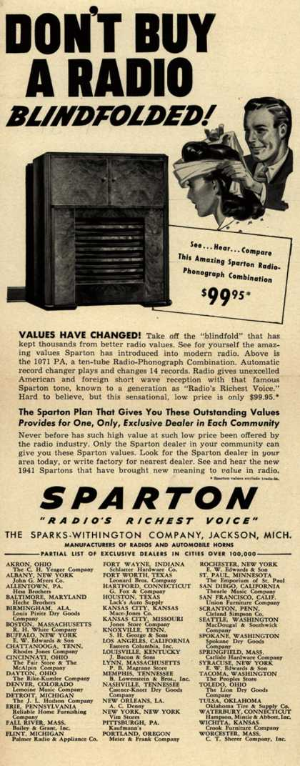 Sparks-Withington Company's Radio Phonograph – Don't Buy A Radio Blindfolded (1940)